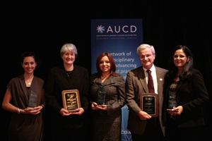 Claudia Avila-Lopez, Elise McMillian, Carolina Meyerson, Fred Palmer, and Luisa Ramirez-de Lynch accept the 2009 Multicultural Council Award for Leadership in Diversity