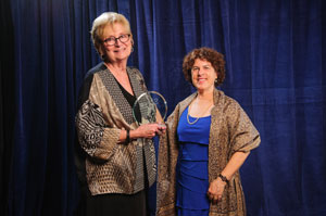 Award recipient Shelly Dumas and AUCD Board President Leslie Cohen