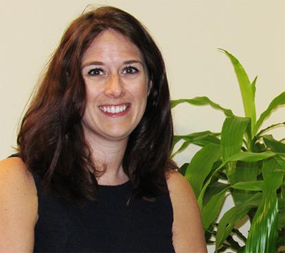 Elaine Eisenbaum Headshot