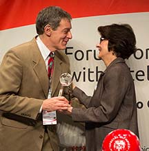 Stephen Sulkes Honored with First-Ever Golisano Global Health Leadership Award (NY UCEDD/LEND)