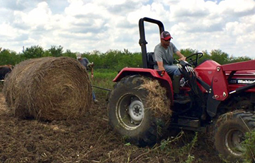 AgrAbility Receives USDA Grant to Educate Vets, New Farmers (TX UCEDD)